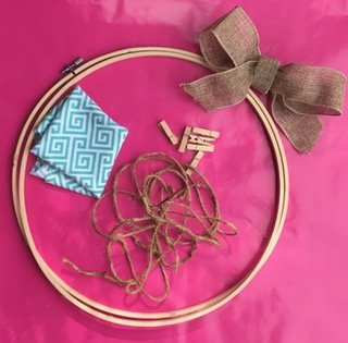 Embroidery Hoop Makeover